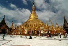 The Grand Shwedagon Pagoda, Yangon, Myanmar.