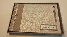 Conjunto libro de firmas/álbum de fotos y caja a juego, totalmente personalizado.  Eva me pidió un conjunto para unos amigos en tonos muy c...