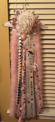 Pink Senior Mum