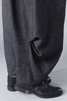 Order our Trousers Hellina from our OSKA Autumn/Winter 2014 collection today Baggy Pants, Baggy Clothes, Trousers, Look Fashion, Fashion Details, Fashion Outfits, Womens Fashion, Fashion Design, Oska Clothing