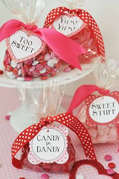 Heather Bullard - Free Valentine Gift Tags for treat bags