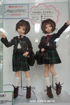 制服姿のrurukoが可愛いよ~ #ruruko #doll #azonejp #uniform
