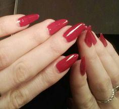 Glossy red nails by Lumene Gel Effect nail polish #nails #red #lumene #geleffect #almond #shape
