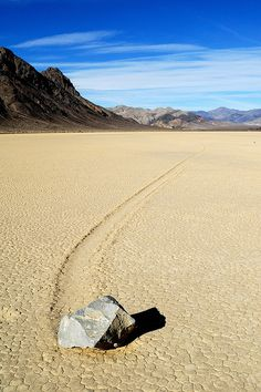 Death Valley moving rock