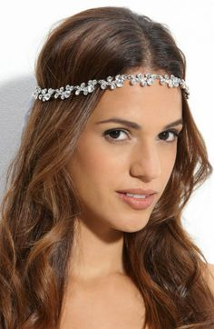 A breathtaking collection of Bridal Hair Accessories