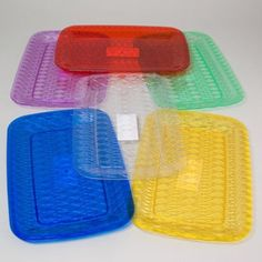 SERVING TRAY RECTANGULAR 6 COLORS IN WHITE PDQ