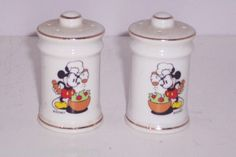 Disney Chef Mickey Mouse Salt Pepper Shakers