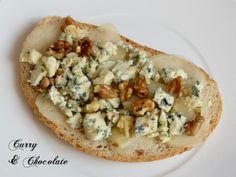 Tostas variadas - 1ª Parte Tosta con pera, queso azul y nueces