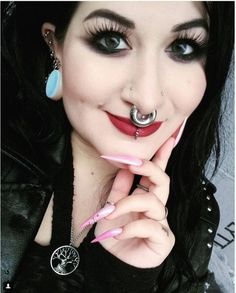 I've loved septum rings as long as I can remember and wanted one ever since .I've loved septum rings as long as I can remember and wanted one ever since I read Pippi Longstocking. I've worn one since 1995 and have recently stretched it Septum Piercings, Septum Ring, Cool Piercings, Facial Piercings, Piercings For Girls, Ear Gauges, Lip Piercing, Plugs, Irezumi Tattoos