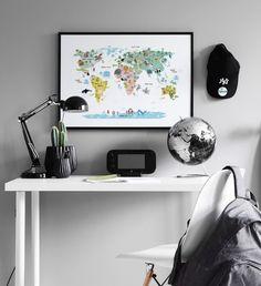 Världskarta och texttavla