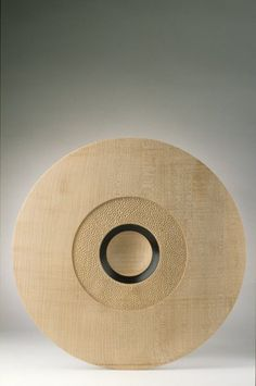 Hayley Smith, Sycamore Platter, 1994, English sycamore, turned, carved and scorched. Collection of Long Beach Museum of Art, photo by Tony Boase