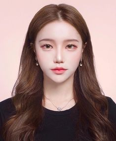 A space to discuss beautubers and beauty related content, bg brand owners, and other social media influencers. Korean Makeup Look, Asian Eye Makeup, Korean Beauty, Asian Beauty, Soft Makeup, Makeup Looks, Hair Makeup, Aesthetic Makeup, Aesthetic Girl