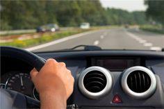 Evde veya araçta klimayı doğrudan yüzünüze üfletmeyin. Çok şiddetli çalıştırmayın.