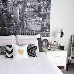 My monochrome (and pink!) bedroom is on the blog now the link is in my profile #bedroom #bedroominteriors #monochrome #interiordesign #black...