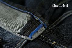 Wykończenie nogawek na najwyższym poziomie - niebieska nitka