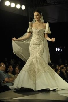 Wedding gown in the traditional Filipino terno style by Cary Santiago - Daily Fashion and Style Inspo - beautiful models and runway shows - casual str. Modern Filipiniana Gown, Filipiniana Wedding Theme, Philippines Dress, Philippines Fashion, Maria Clara Dress Philippines, Bridal Gowns, Wedding Gowns, Wedding Bride, Dream Wedding