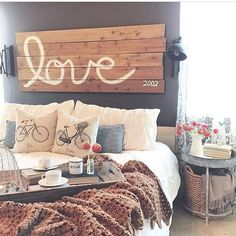 Such a cute space.