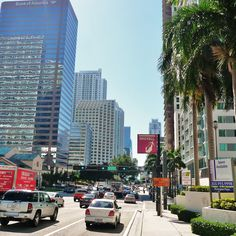 Living at exclusive One Brickell saves you a lot of time. The residences perfect location have two main roads near the residences:  the Brickell Avenue and Byscayne Bay Boulevard Way, making your life easier every time you want to come and go.