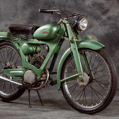This 1949 75cc Laverda Tourismo Prototype was the very first Laverda of them all.