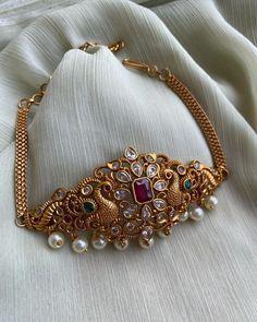 Gold Necklace Simple, Gold Jewelry Simple, Stylish Jewelry, Fashion Jewelry, Jewelry Design Earrings, Gold Earrings Designs, Necklace Designs, Gold Jewellery, Jewelery