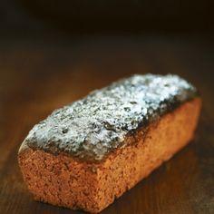Brunkebergs svartbröd - Recept - Tasteline.com Keto Holiday, Holiday Recipes, Something Sweet, Grain Free, Banana Bread, Nom Nom, Recipies, Food And Drink, Muffins