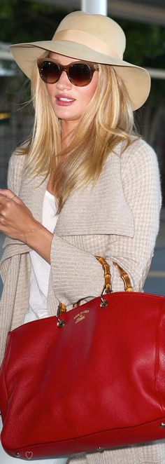 Check Rosie Huntington Whiteley...with Gucci bag! #bags #gucci