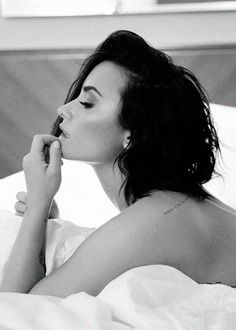 Demi Lovato - Body Say