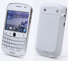 BlackBerry Bold 9900を僕が毎日持ち歩いている理由 by本田雅一 http://weekly.ascii.jp/elem/000/000/101/101510/#
