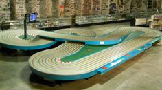 Fast track hobbies - where you are in control!- slotcars,slotcar parts and slotcar tracks! Spas, Slot Car Tracks, Slot Cars, Sport Chic, Healthy Foods To Eat, Healthy Snacks, Game Design, Decoration Birthday, Le Mans