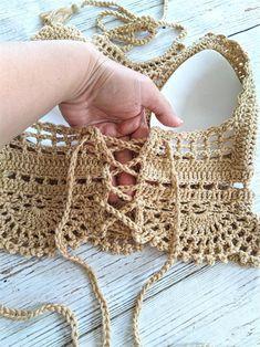 Crochet Pouf, Crochet With Cotton Yarn, Tapestry Crochet, Crochet Yarn, Crochet Cardigan, Crochet Bikini Bottoms, Crochet Bikini Pattern, Crochet Designs, Crochet Patterns