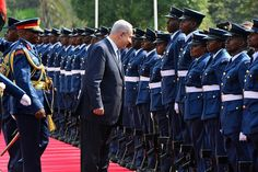 Biniamín Netanyahu arriba a Kenia en julio de 2016 Foto Kobi Gideon GPO