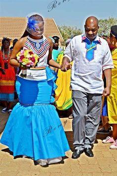 Photos Of Sepedi Traditional Wedding Dress 2020 Collections African Wedding Attire, African Attire, African Wear, African Fashion Dresses, African Women, African Dress, African Weddings, African Outfits, Ghanaian Fashion