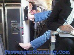 Menschen im Flugzeug   Eine Leidensgeschichte