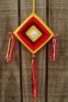 Sun god's eyeThe Ojo de Dios (Eye of God in Spanish) is woven with yarn and wood, often with several colors. The weaving of an Ojo de Dios is an ancient contemplative and spiritual practice for many indigenous peoples in the Americas, and beliefs surrounding them vary with location and history. Some people believe they were originally part of the sophisticated religion of the Ancient Pueblo Peoples. Sun Crafts, Arts And Crafts, Eye Mandala, God's Eye Craft, Passports For Kids, World Thinking Day, Stick Art, Gods Eye, Craft Tutorials