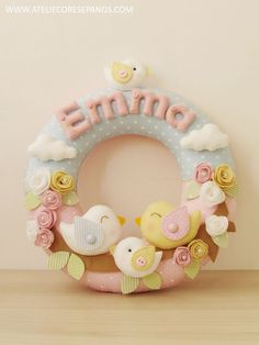 Baby Crafts, Felt Crafts, Diy And Crafts, Arts And Crafts, Felt Wreath, Felt Garland, Felted Wool Crafts, Baby Blessing, Baby Room Art