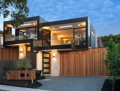 Contemporary two-storey house located in Black Rock, Victoria, Australia, designed by Madden Building Group. Wooden House Design, Tiny House Design, Home Design, Style At Home, Contemporary Interior Design, Modern Design, Architectural Materials, Two Storey House, Modern Mansion