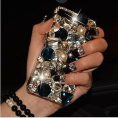 Hey, I found this really awesome Etsy listing at http://www.etsy.com/listing/150235799/luxury-rhinestone-phone-case-for-samsung
