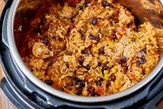 This amazing Crockpot Instant Pot Weeknight Chicken and Rice Burrito Bowls. Instant Pot Weeknight Chicken and Rice Burrito Bowls is delicious, healty. it's very tasty and easy to make Chicken Burrito Bowl, Chicken Burritos, Burrito Bowls, Chicken Rice, Ip Chicken, Chicken Recipes, Burrito Sauce, Chicken Ideas, Frozen Chicken