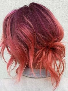 Charming Pulp Riot Red Hair Colors for Bold Ladies in 2018 In this post we have tried our best to collect the stunning pulp riot hair colors that you may use to wear in various special occasions in Browse this link and choose one of the latest shades Red Hair Color, Cool Hair Color, Red Pink Hair, Orange Hair Colors, Fashion Hair Color, Hair Color 2018, Shades Of Red Hair, Beautiful Hair Color, Hair 2018