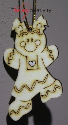 "Addobbo in legno ""Ginger bread girl""  http://www.theartcreativity.com/"