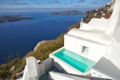 Holiday villa rental in Santorini. Two cave houses with private pool in Imerovigli, Santorini. For a slice of heaven, it doesn& get much better than th. Santorini House, Santorini Villas, Santorini Greece, Imerovigli Santorini, Gaia, Villas In Europe, Jacuzzi Outdoor, Exterior Stairs, Modern Pools