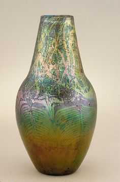 Vase by Louis Comfort Tiffany, American Decorative Arts Gift of H. Havemeyer, 1896 Metropolitan Museum of Art, New York, NY Medium: Favrile glass Louis Comfort Tiffany, Tiffany Art, Tiffany Glass, Glass Ceramic, Glass Vase, Cut Glass, Stained Glass Lamps, Art Nouveau Design, Antique Glass