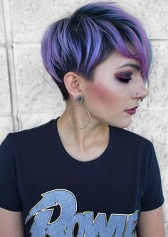 Explore this link to see fresh styles of purple colored pixie haircuts sported by the most gorgeous female celebrities in You may also enhance your hair looks beauty with this best purple pixie cut given here. Short Pixie Haircuts, Pixie Hairstyles, Short Hair Cuts, Short Hair Styles, Bold Haircuts, Pixie Cuts, Lavender Hair Colors, Hair Color Purple, Cool Hair Color