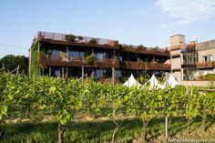 Weingartenhotel Harkamp, Sausal, Südsteiermark Hotels, Cabin, Wine, Vacation, House Styles, Decor, Architecture, Projects, Vacations