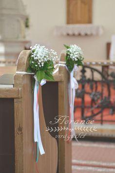 Formálja a templomi díszítést saját ízlése szerint virágdekorációval!  http://florancevirag.hu/eskuvoi-dekoracio/templom-diszites/