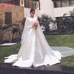 Find More Wedding Dresses Information about Long Sleeve Wedding Dresses 2019  Jewel Court Train Satin Chapel Garden Arabic Bridal Gowns vestido de novia  ... a26a741e52bd