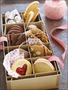 Love the idea of a mizxed box of biscuits as a present