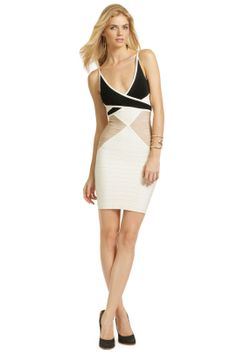 I can rent a Hervé Léger Mind Boggling Dress for 4 days for $150?  Perfect for a summer wedding.