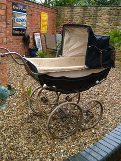 Classy prams are a beautiful and functional alternative to a cradle or bassinet.