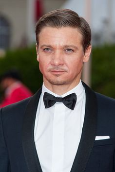 Jeremy Renner Photos: 'The Bourne Legacy' Premiere - 38th Deauville American…